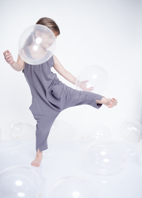 dressedtokill-kidsonthemoon1