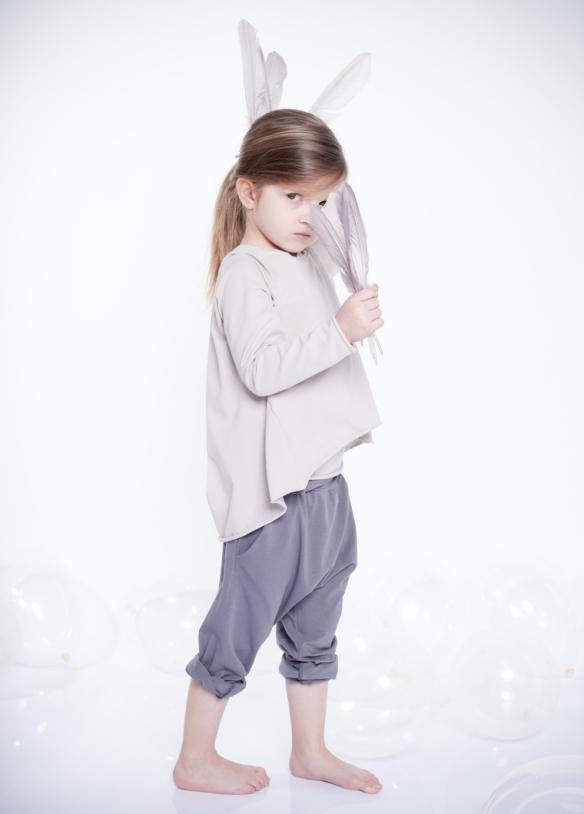 dressedtokill-kidsonthemoon2