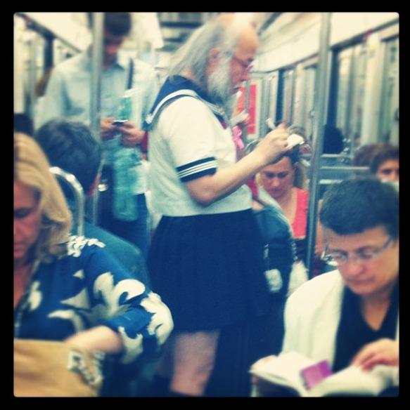 dressedtokill-subwaycouture3